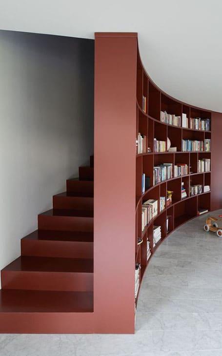 Escaliers rouges design