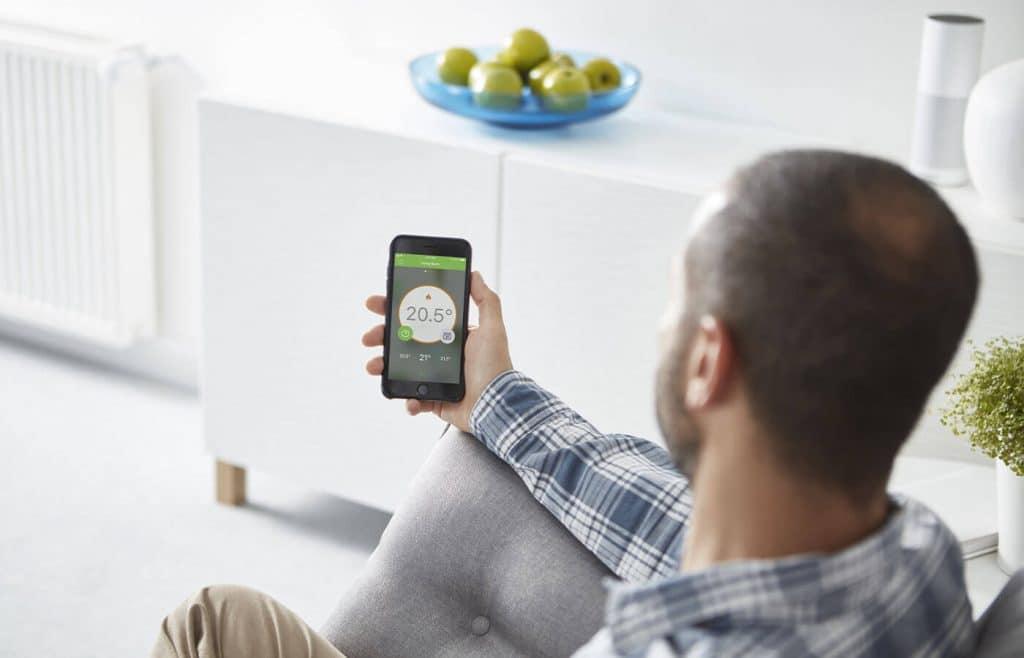 maison connectée accessible depuis application mobile